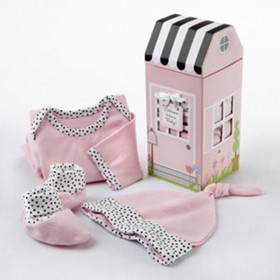Welcome Home Gift Set - Girl - Baby Aspen
